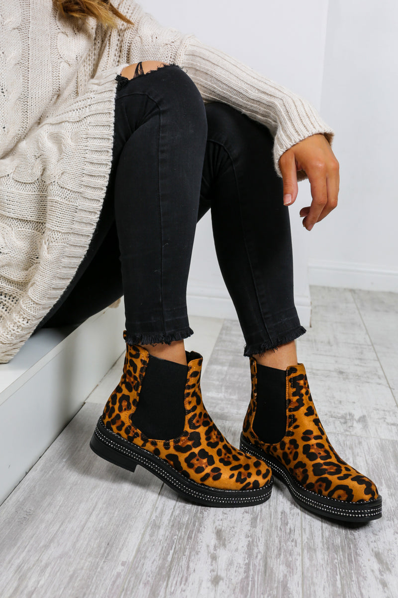 Cross My Path - Boots In LEOPARD