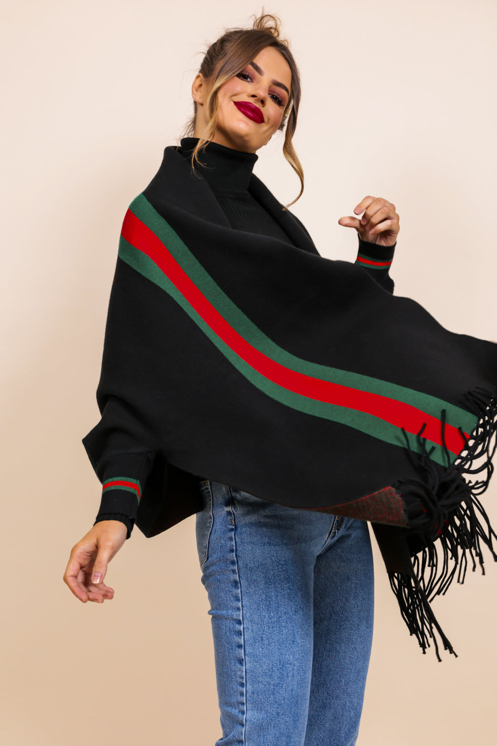 https://cdn.shopify.com/s/files/1/0062/6661/7925/files/product-video-no-chill-scarf-in-black.mp4?5932