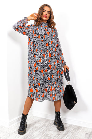 Feeling Feisty - Black Red Heart Print Pleated Midi Dress