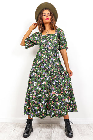 Floral Island - Puff Sleeve Tiered Maxi Dress