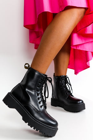 Black Lace Up Chunky Boots DLSB Womens Fashion