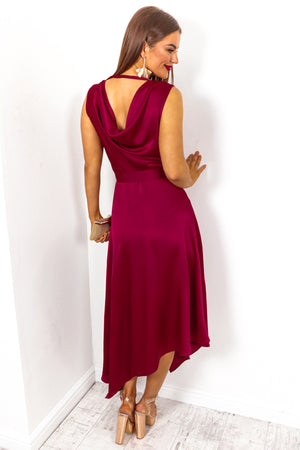 How Frilling - Dress in WINE