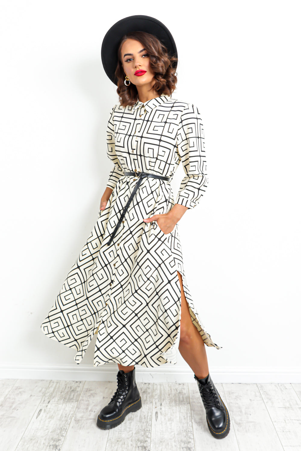 Collar At Me - Dress In WHITE/PRINT