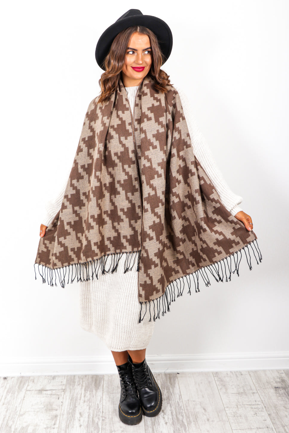Wrap It Up - Chocolate Houndstooth Print Scarf