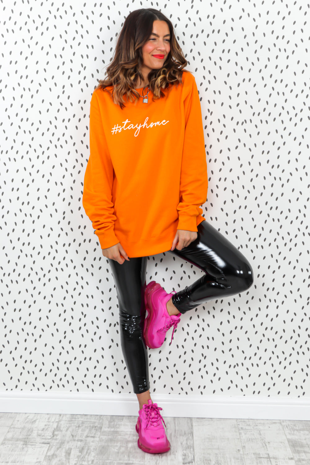 Stay Home - Oversized Jumper In ORANGE