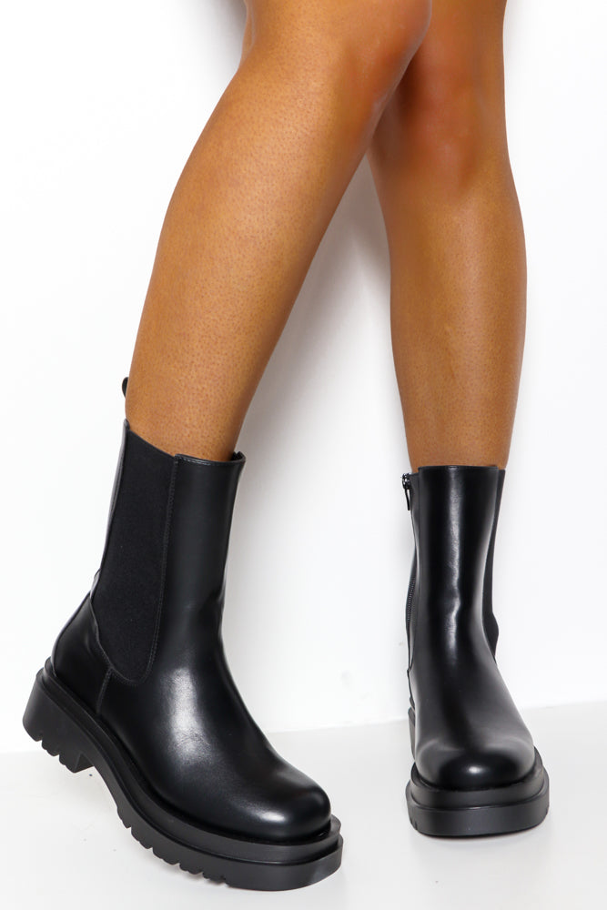 Kick Off - Black PU Boot