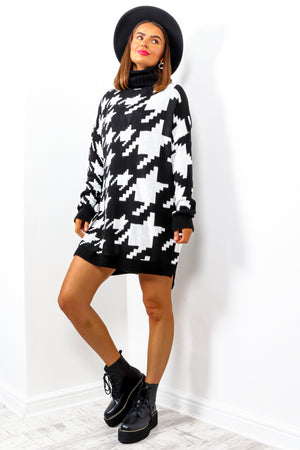 Knits A Must - Black White Monochrome Jumper