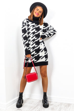 Monochrome Mayhem - Black White Houndstooth Jumper Dress