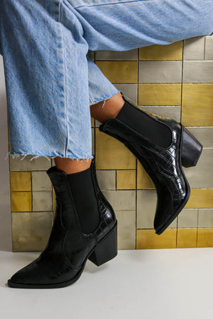 Moving On Up - Boots In BLACK/CROC