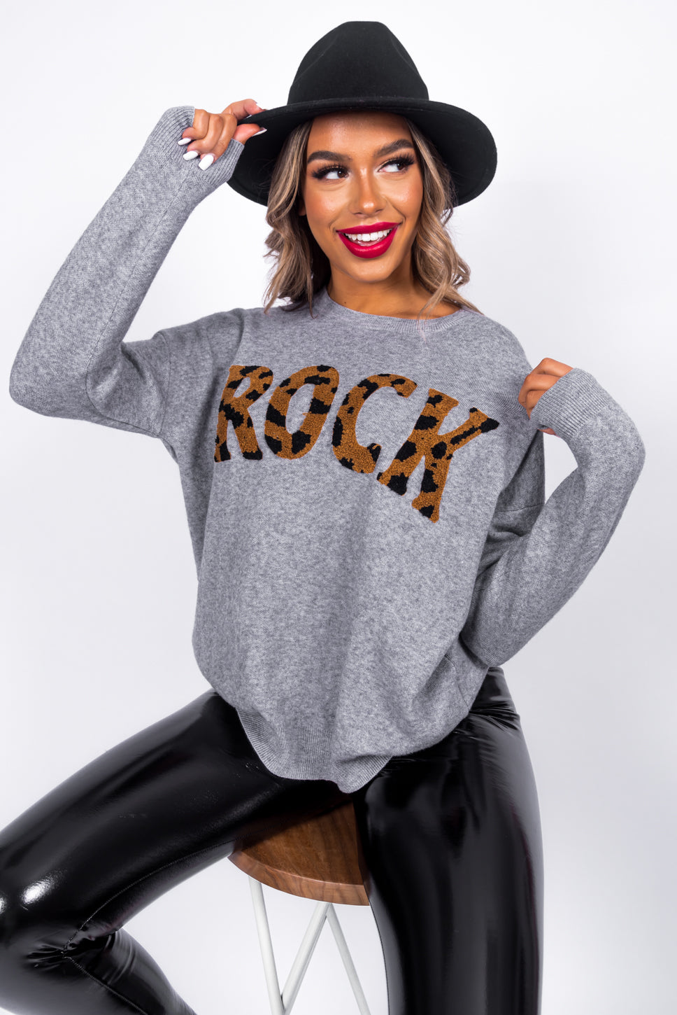 https://cdn.shopify.com/s/files/1/0062/6661/7925/files/product-video-planet_rock-jumper-in-grey.mp4?5988