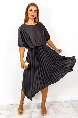 Pleats Must - Black Midi Dress