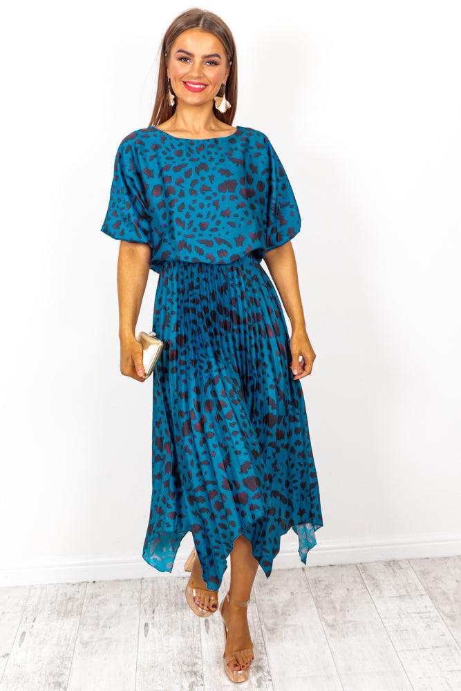 Pleats Must - Blue Leopard Print Midi Dress