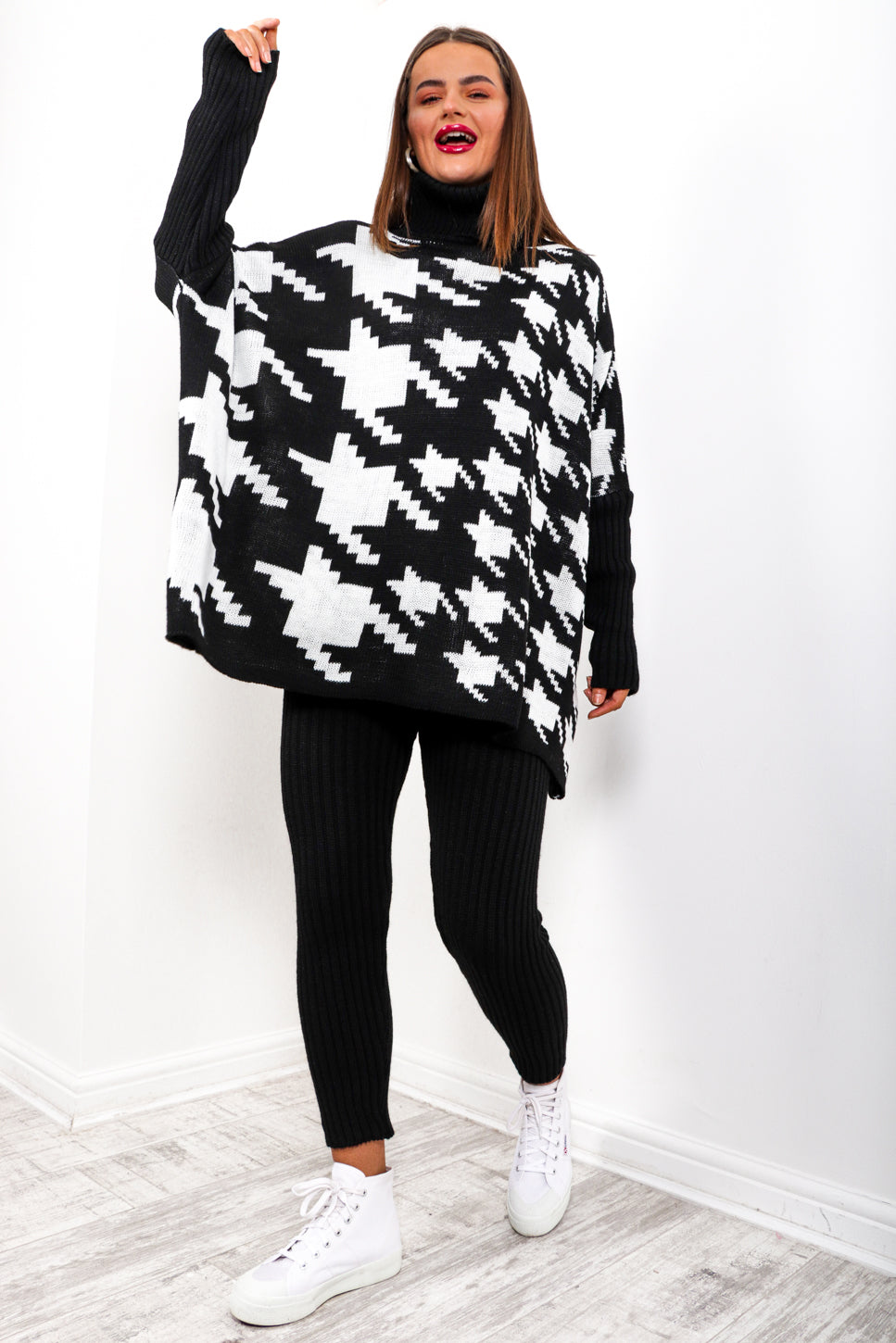 Pretty Chilled - Black Houndstooth Knitted Co-ord