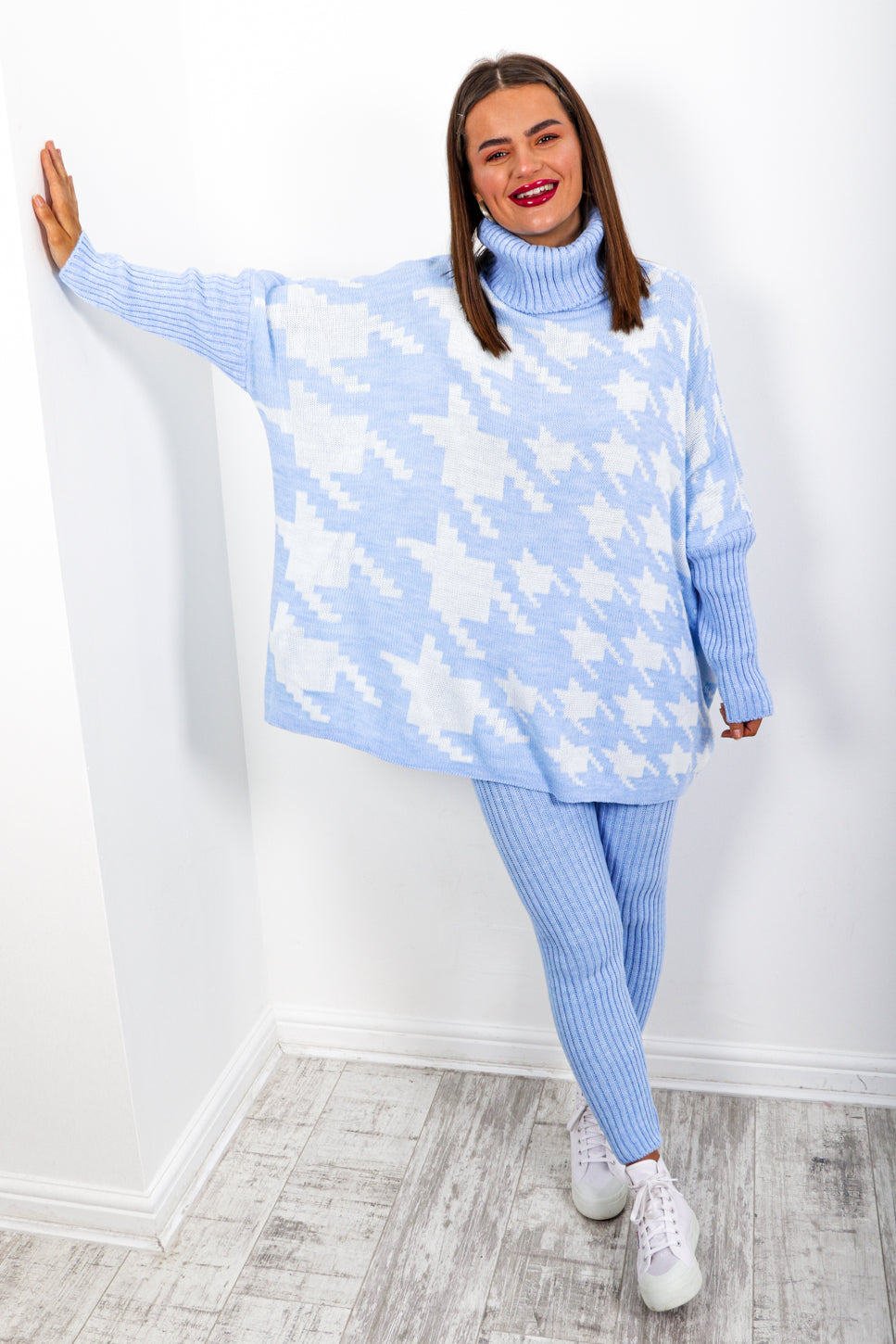 Pretty Chilled - Blue Houndstooth Knitted Co-ord