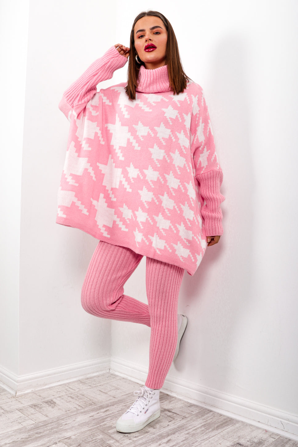 Pretty Chilled - Pink Houndstooth Knitted Co-ord