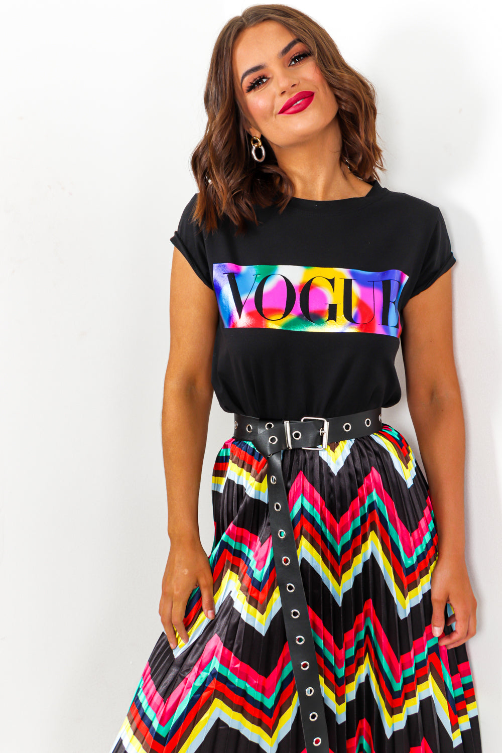 Vogue Slogan T-shirt Rainbow Black- DLSB Womens Fashion