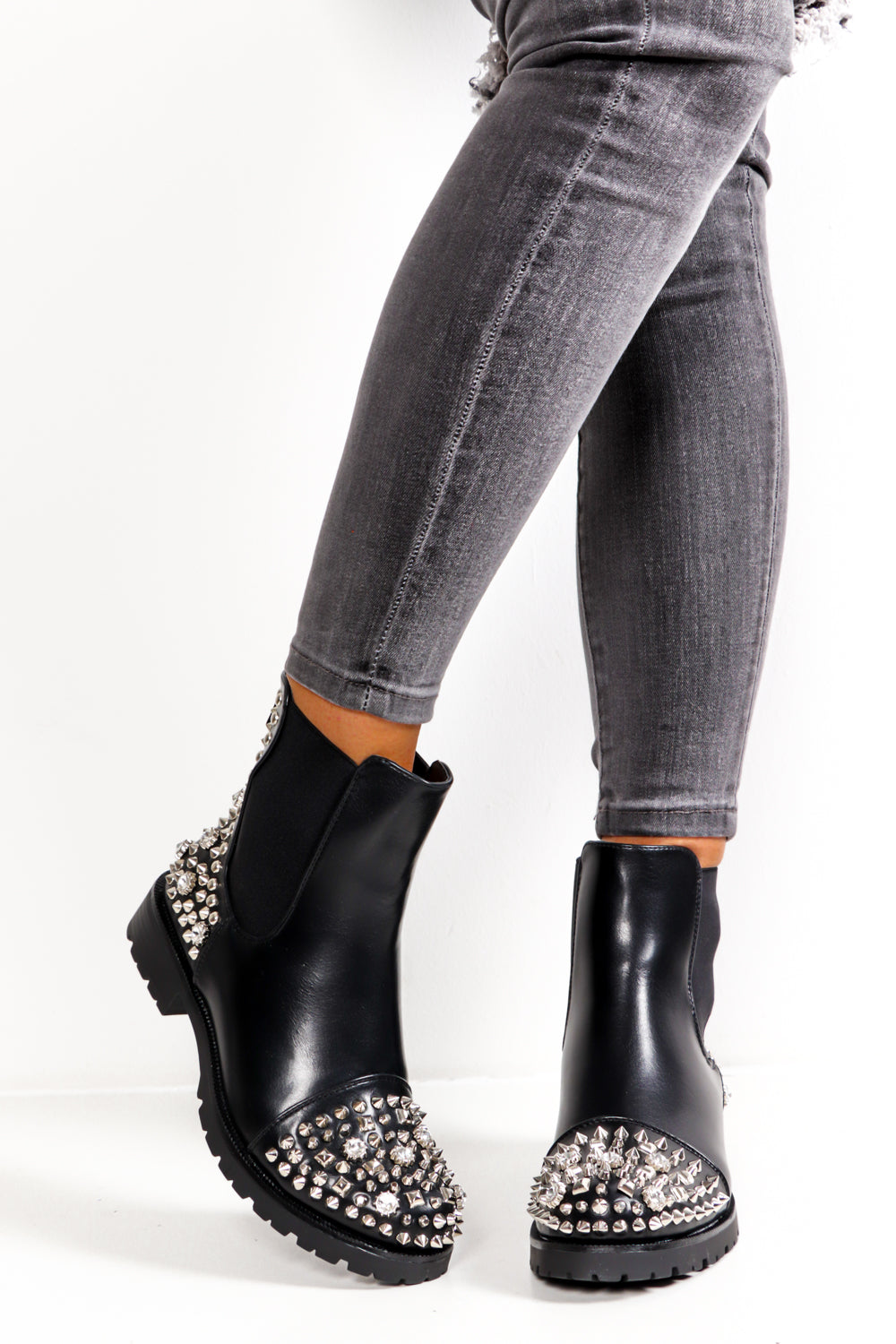 Rough And Ready - Black Silver Stud Boot