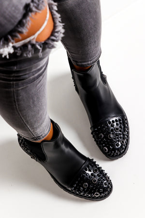 Rough And Ready - Black Stud Boot