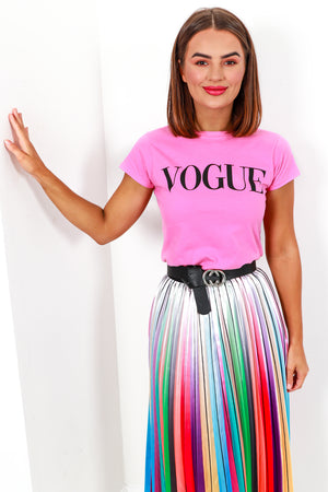 T-shirt Vogue Slogan Pink- DLSB Women's Fashion