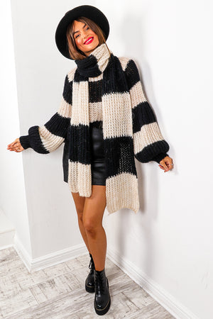 Stripe Dream - Black Cream Knitted Co-ord