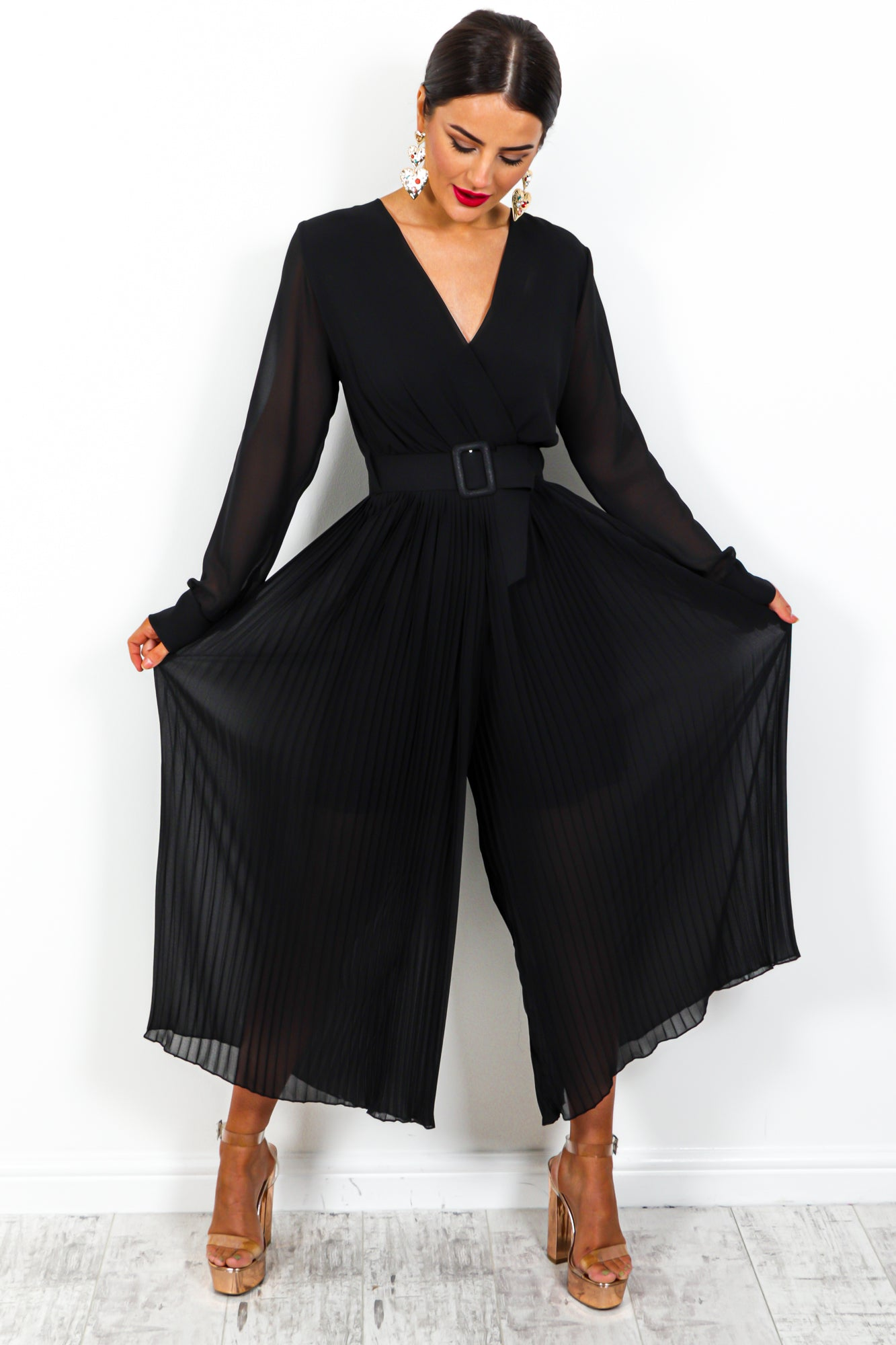The Pleat Is On - Jumpsuit In BLACK