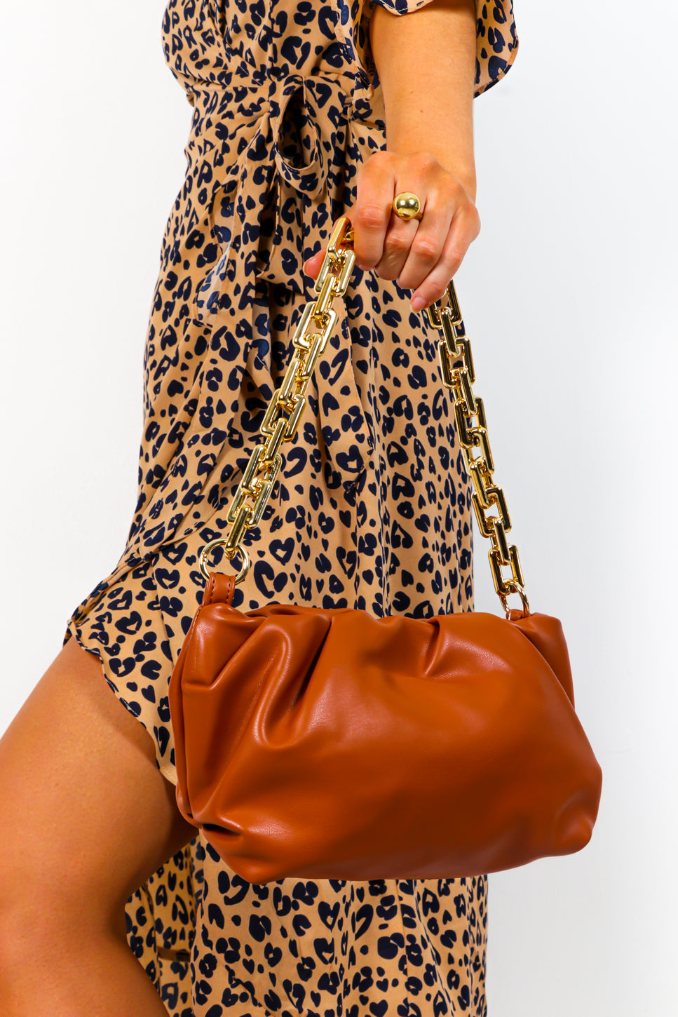 Totally Iconic - Tan Gold Chain Bag