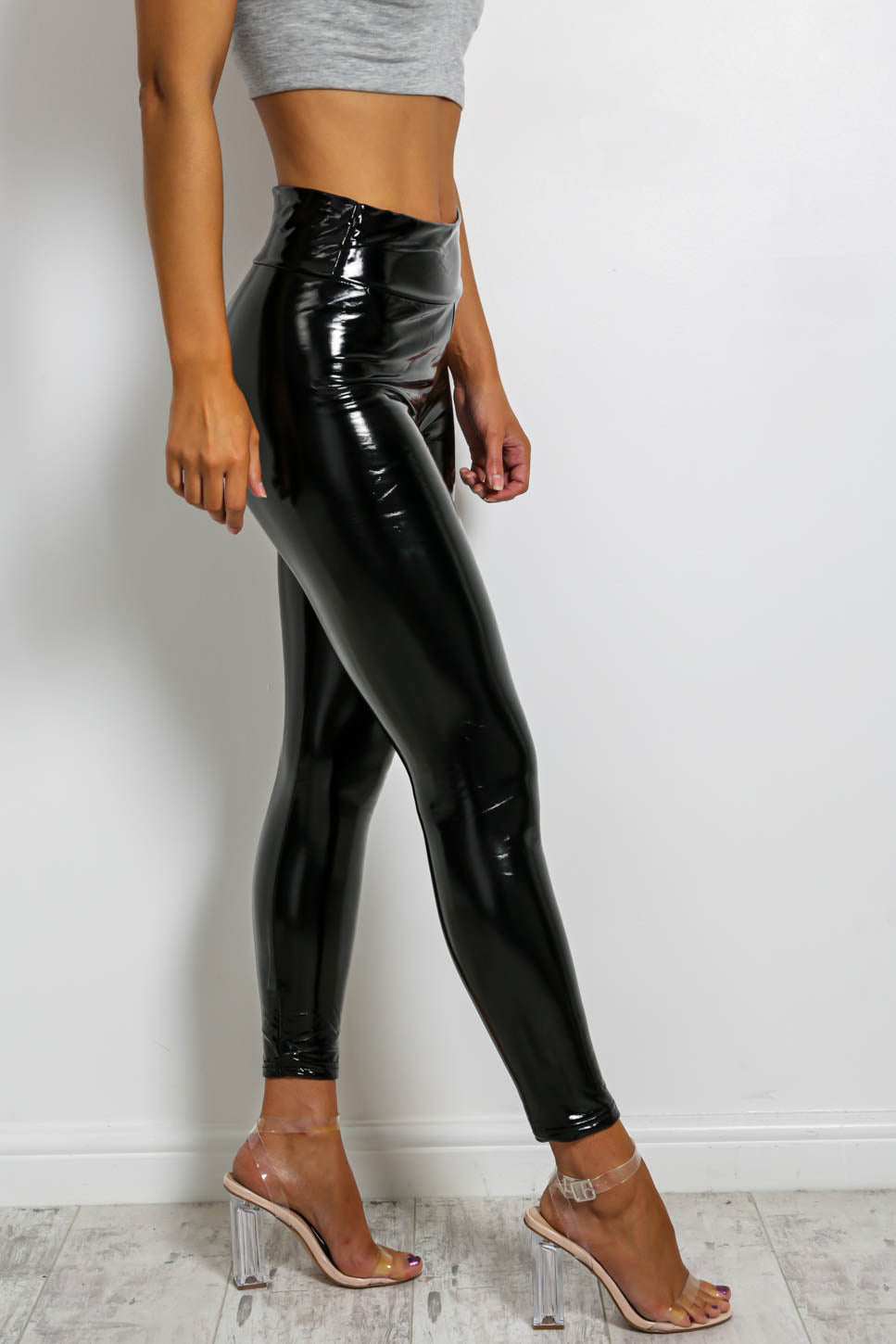Vinyl Decision - Leggings In BLACK