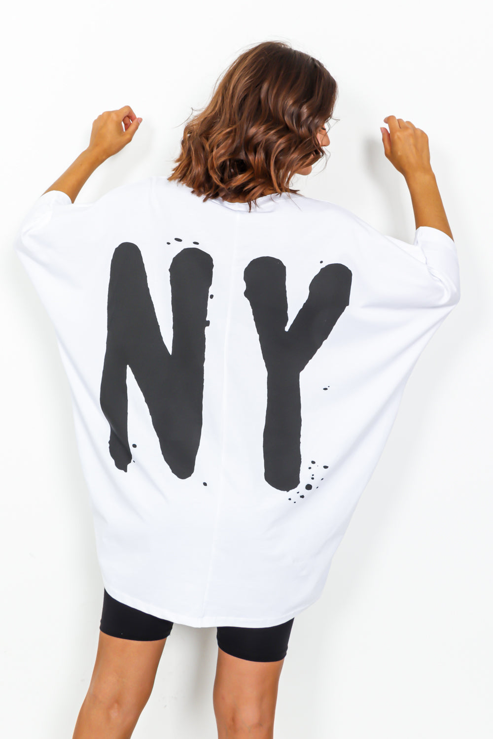 White Heart NY Graphic Oversized T-shirt