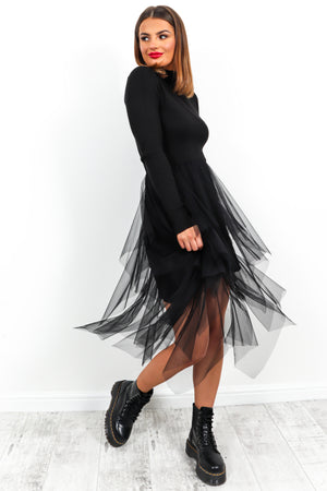 Fashionista - Dress In BLACK