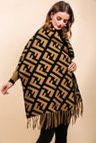 Off Duty - Shawl In CAMEL/BLACK
