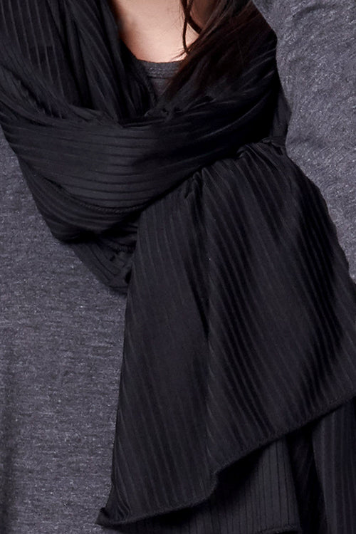 Satin Ribbed Jersey Hijab - Black