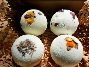"""Special"" Hemp Bath Bombs 10mg with dried flowers"