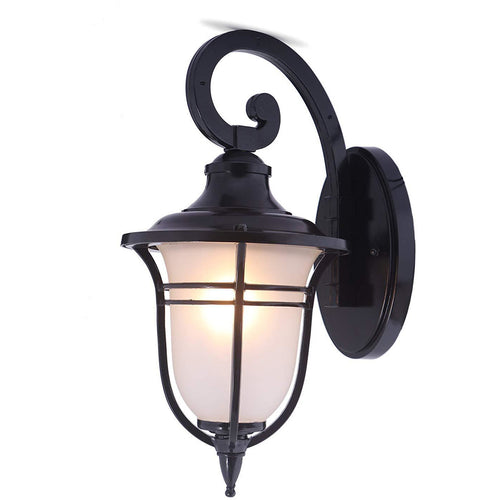Traditional Style Outdoor IP44 Rated Wall Light Lantern