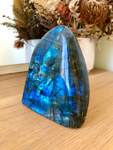 Labradorite freeform Blue - #1 .984grams