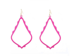 Casey Cutout Earring Pink