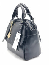 Load image into Gallery viewer, Elegant Tote Vegan Handbag
