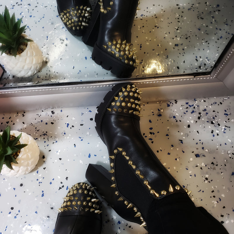 Jagged~Black & Gold Spiked Bootie