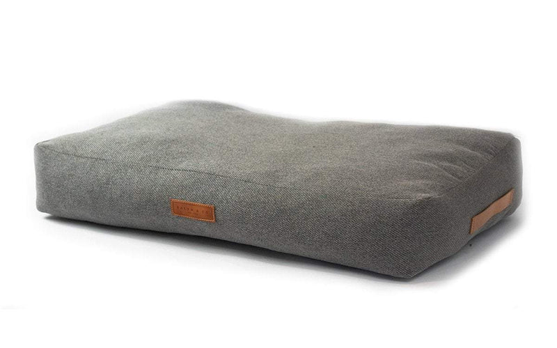 Ralph and Co Stonewash Dog Bed - Windsor Pillow