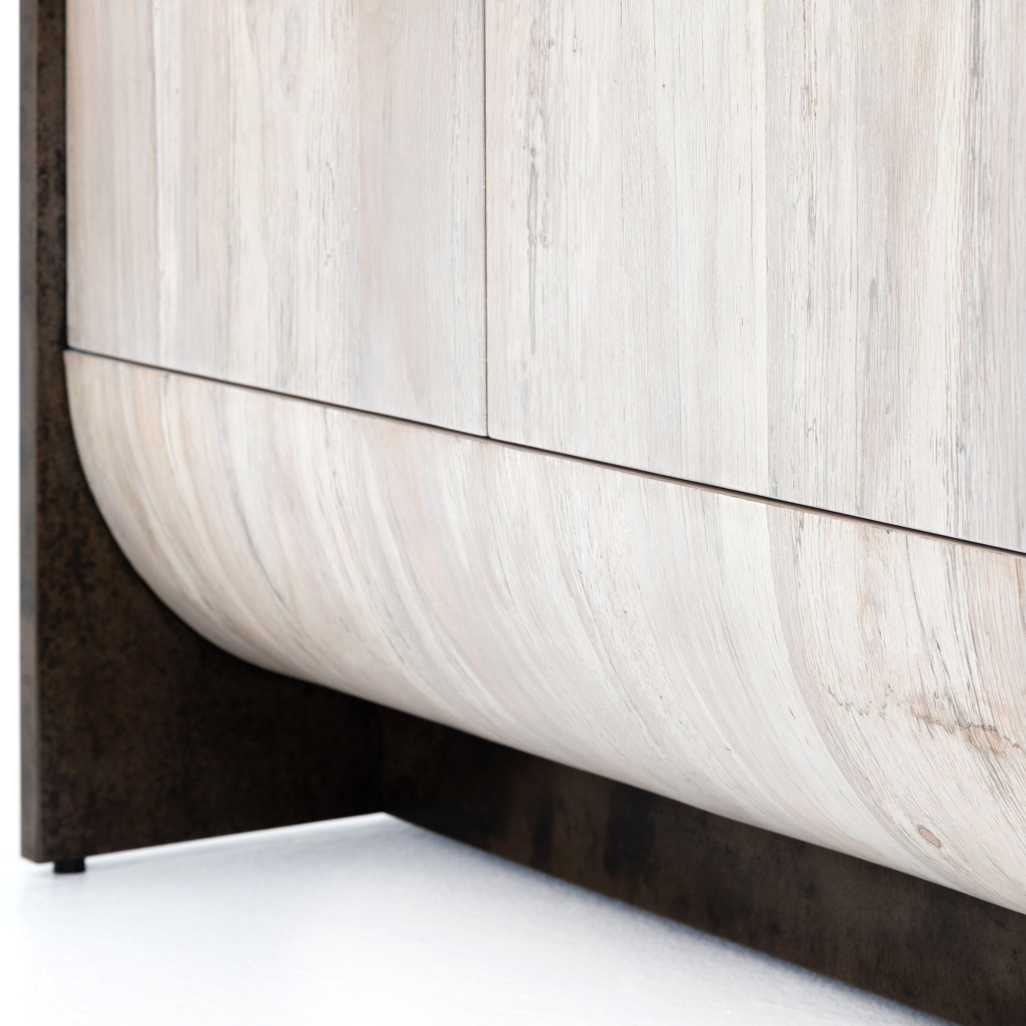 Rounded Cradle Base Sideboard