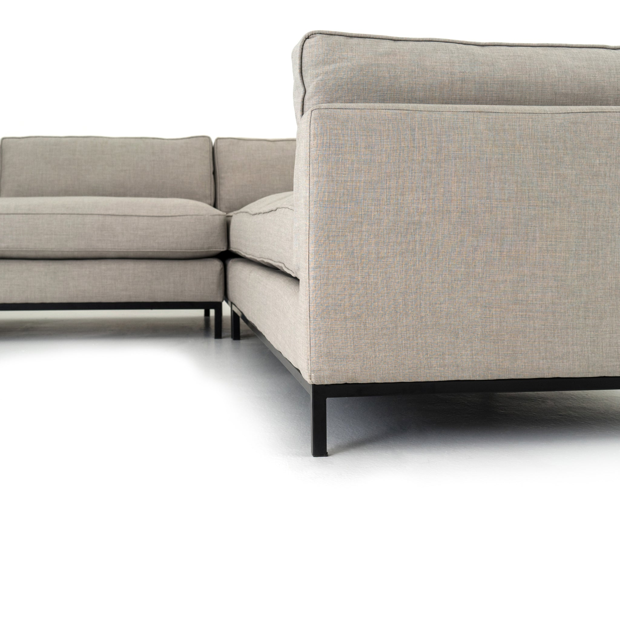 Bennett Moon 3 pc. Sectional Modern