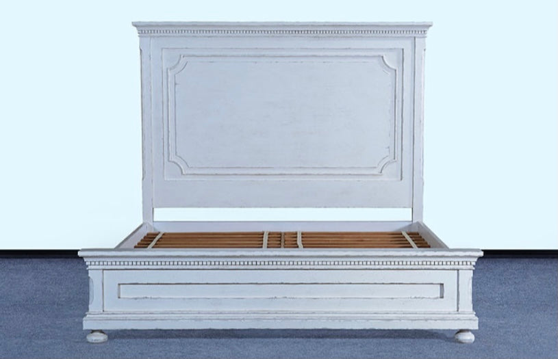 Heirloom King Bed White Distressed