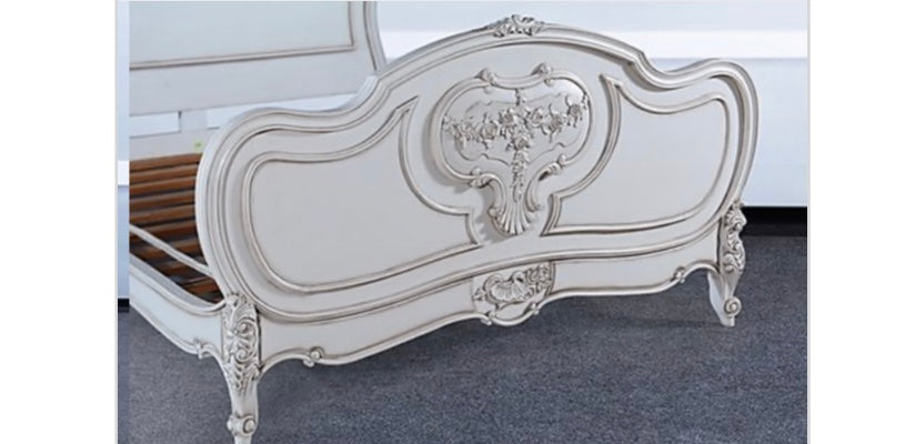 Louis Classic Queen Bed White