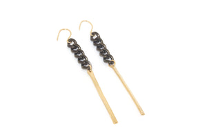 Mykonos Earring w. Black Chain