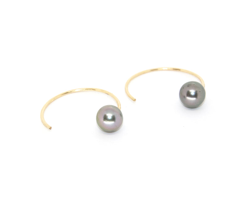 Lani Threaders w. Tahitian Pearl