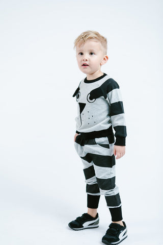 Image of -LITTLE WHO- PUP FACE WITH EAR FLAP CREW NECK JOGGER SET WITH HORIZONTAL STRIPES