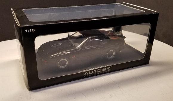 1980 Porsche 924 Carrera GT in Black 1:18 AUTOart Die Cast #78001