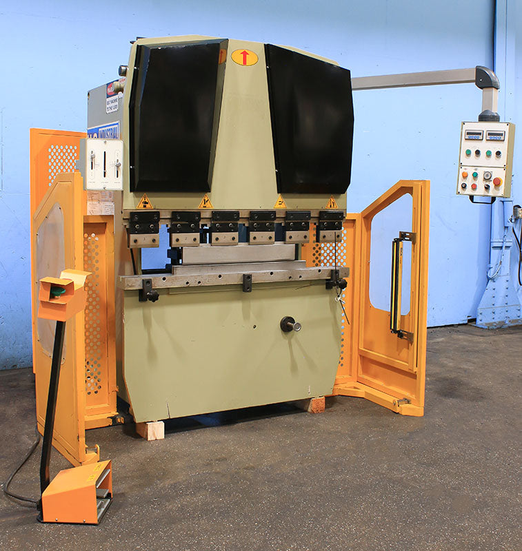 2012 22 Ton US Industrial US224M Press Brake, 51.9