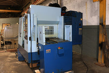 Load image into Gallery viewer, 2005 MATSUURA TWIN PALLET VERTICAL MACHINING CENTER