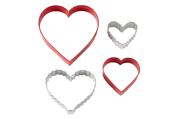 Wilton : Coloured Metal Nesting Cutters - Love Hearts - Set of 4