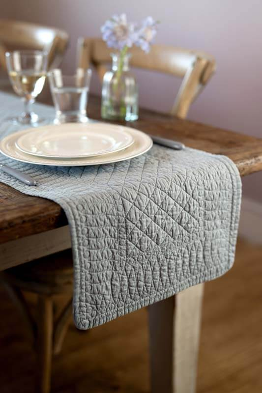Mary Berry – Signature Collection Cotton Table Runner, Grey - The Cooks Cupboard Ltd